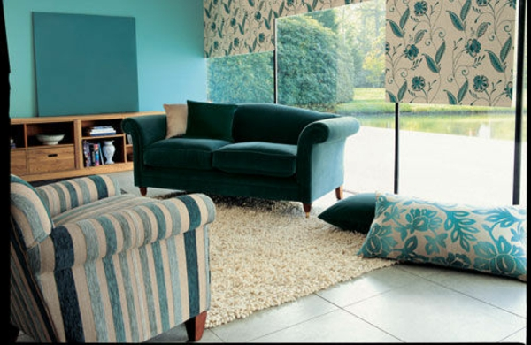 wohnzimmer weiß gold:Turquoise Walls Living Room Decorating Ideas