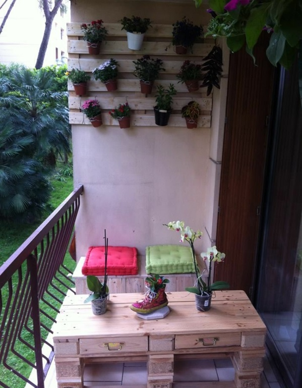 Möbel blumentöpfe Paletten gartenmöbel europaletten balkon