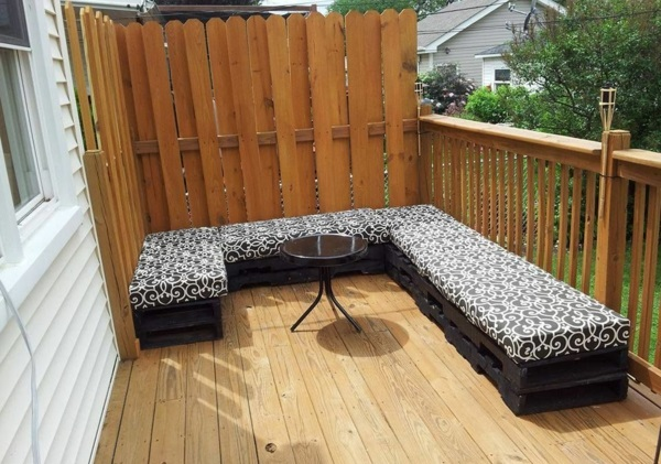 Möbel aus Paletten gartenmöbel europaletten groß sofa