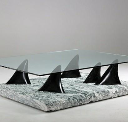 moderne esstische mit st hlen zeigen skulpturale eleganz. Black Bedroom Furniture Sets. Home Design Ideas