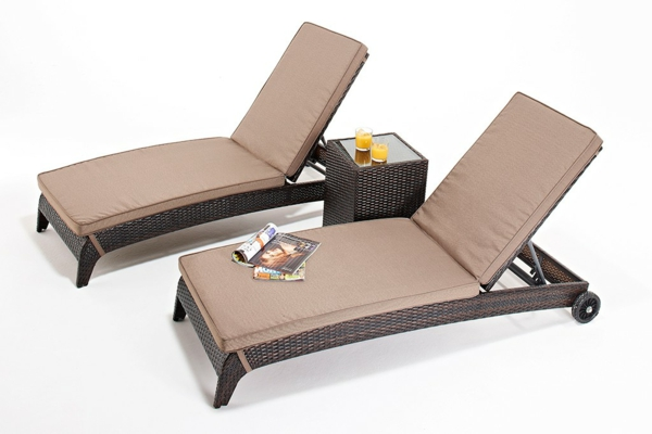 beige auflagen Rattanmöbel polyrattan garten ideen lounge liegen