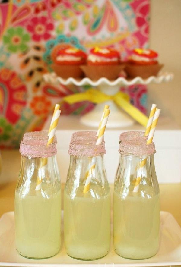 Sommerparty Deko bunt gartenideen tischdeko frisch limonade