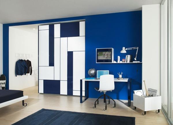 blauе Wandfarbe gardinen sessel teppich