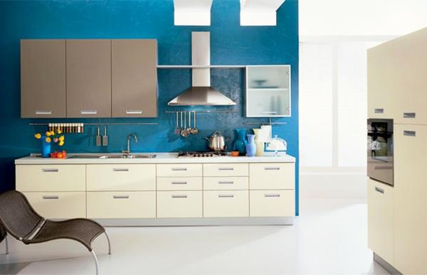 küchenschränke Taubenblauе Wandfarbe küche einrichtung