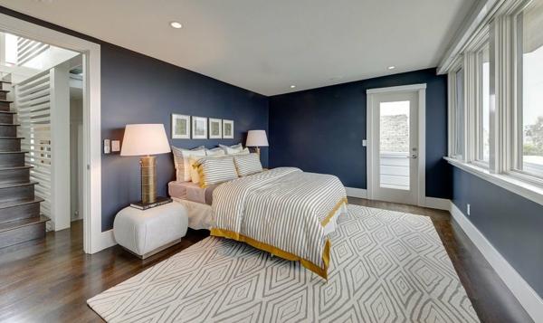 Taubenblauе Wandfarbe schlafzimmer