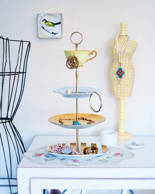 tortenetagere erstaunliche diy tortenst nder. Black Bedroom Furniture Sets. Home Design Ideas