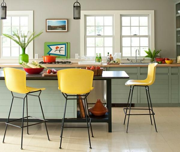 Wohnideen Farbkombination wandfarbe wohnzimmer gelb barhocker