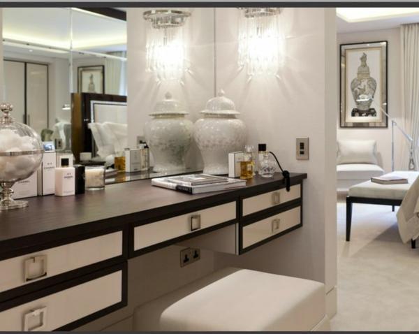 ankleidezimmer elegante möbel einrichtungsideen schminktisch