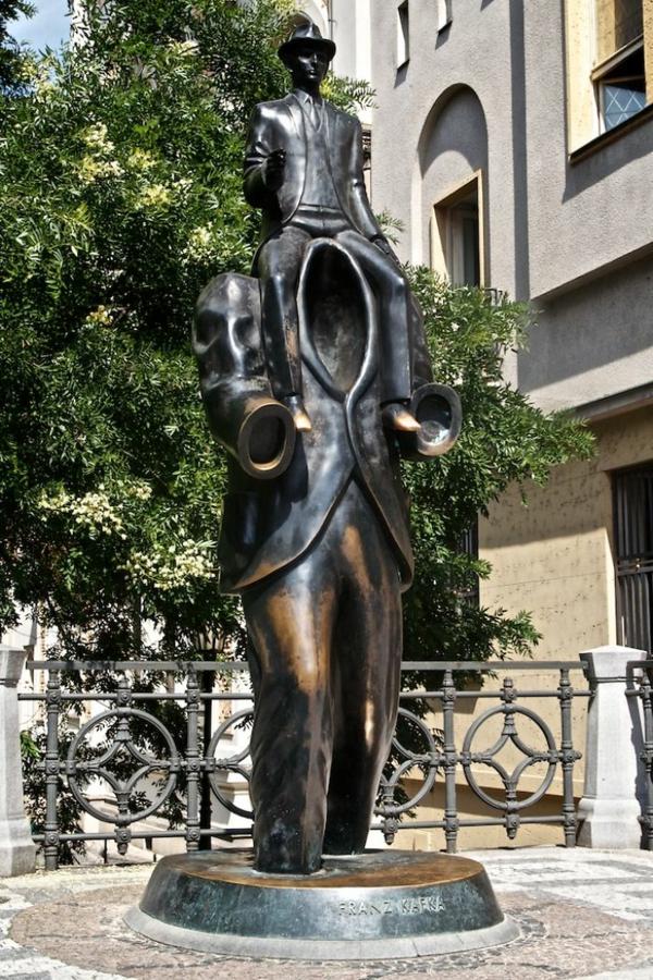 berühmte kunstwerke kunst skulpturen franz kafka