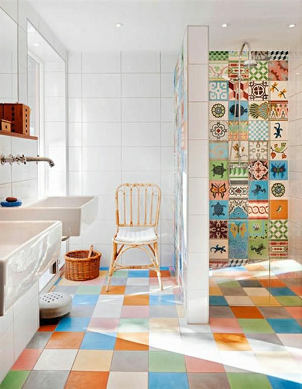 Badezimmer Fliesen überkleben - Fliesenaufkleber für alte ...