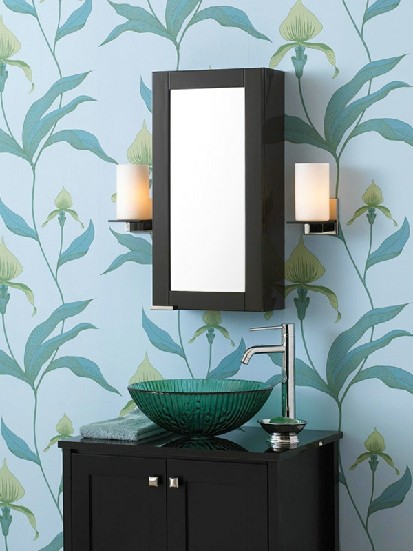 badezimmer gestaltungsideen blaue wandtapete blumenmuster