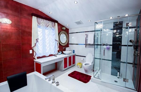 badezimmer rot schwarz und weiß duschkabine