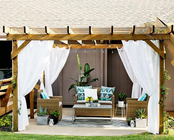 coole einrichtungsideen außenbereich terrasse gestalten holzpergola