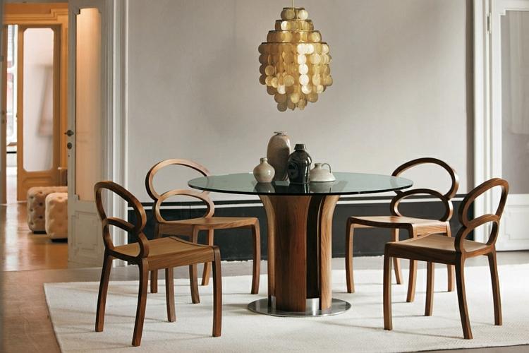 designer esstische holz glas holzstühle kronleuchter goldakzente easszimmer stilvoll gestalten