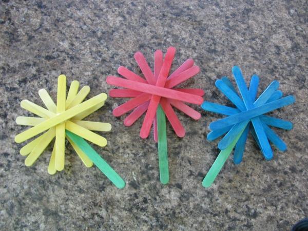 dekoideen frühlingsdeko basteln mit kindern stiel für eis blumen