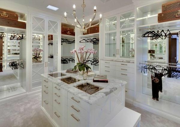 einrichtungsideen ankleidezimmer möbel elegant luxuriös tisch