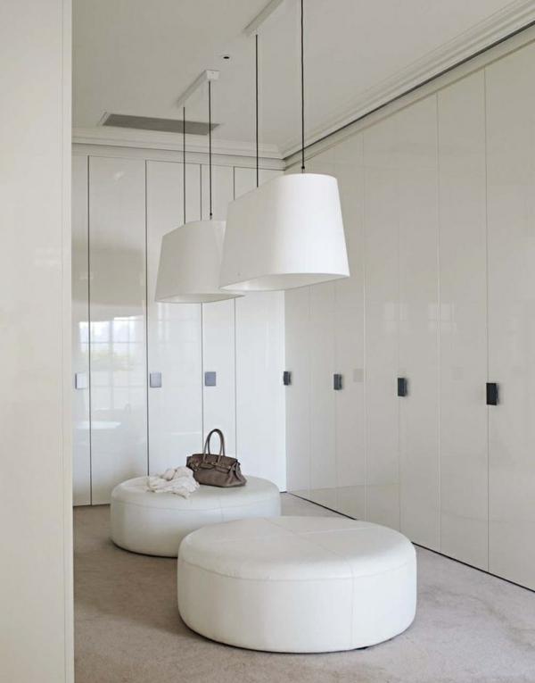 einrichtungsideen ankleidezimmer möbel elegant weiß pendelleuchten