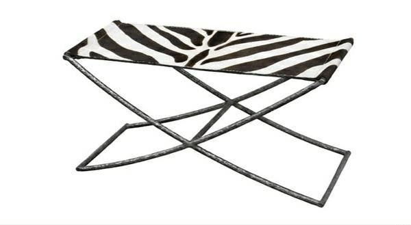 einrichtungsideen schlafzimmer bank ottomane tiermuster zebramuster