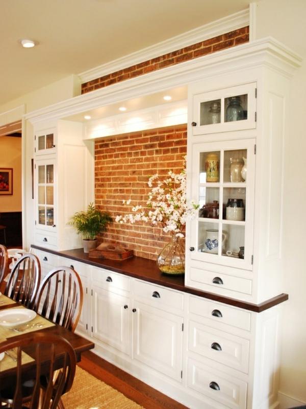 esszimmergestaltung interieur wandschrank ziegelwand - Ideen Esszimmergestaltung