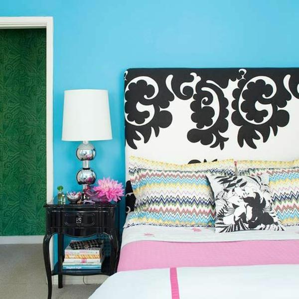 farbgestaltung schlafzimmer kreative farbideen blau wandfarbe bett kopfteil