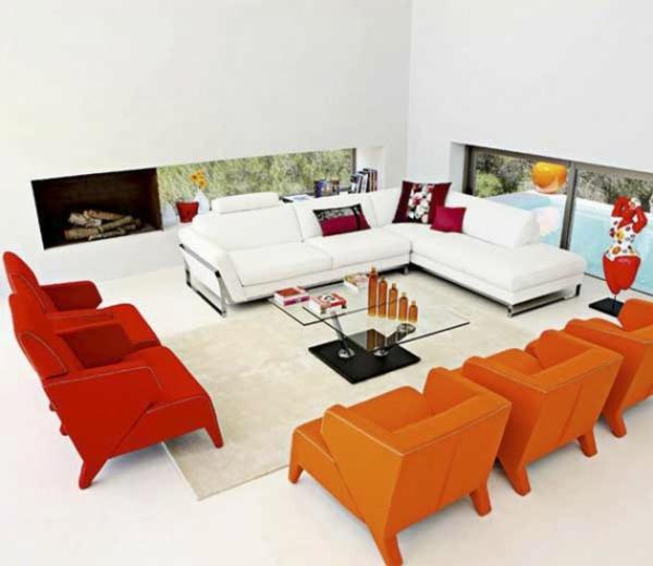 farbgestaltung wandgestaltung ideen orange rot sessel