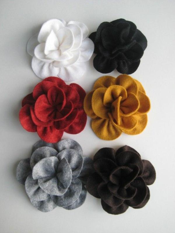 filzblumen basteln diy deko ideen farbige filzstoffe