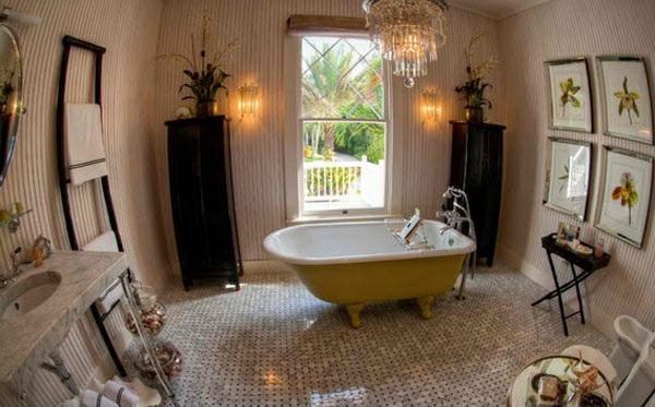 freistehende badewannen gelb viktorisnischen stil wandgestaltung kronleuchter