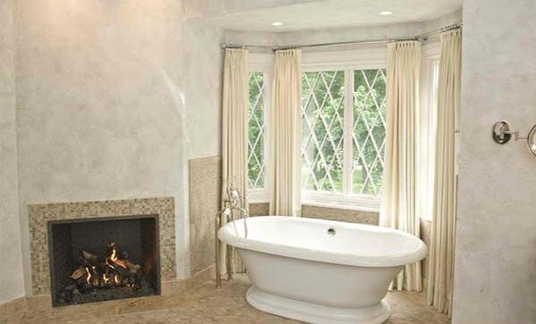 freistehende badewannen im viktorisnischen stil kamin im bad