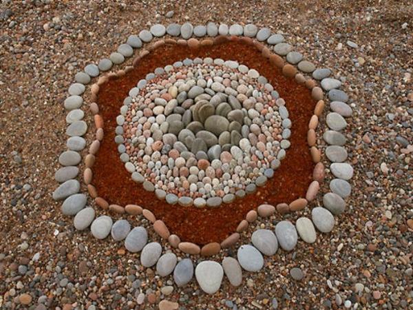 garten deko gartenaccessoires steine schöne formen