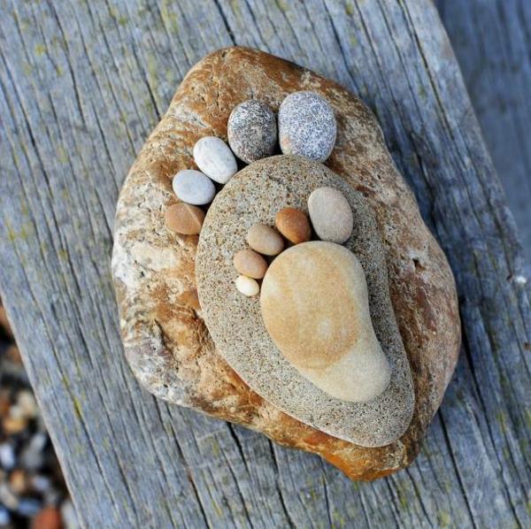 gartendekorationen steinfüsse garten kieselsteine