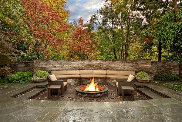 patio landschaft feuerstelle gartenmöbel sitzecke garten