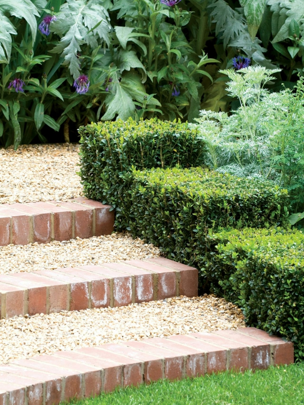 50 ideen f r gartentreppe selber bauen leichter zugang und sch nes aussehen - Gartenweg bauen ...