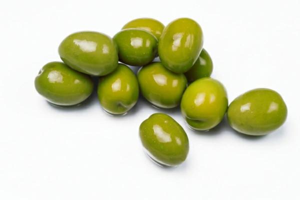 grüne oliven inspiration wandfarbe olivgrün wände streichen farbideen