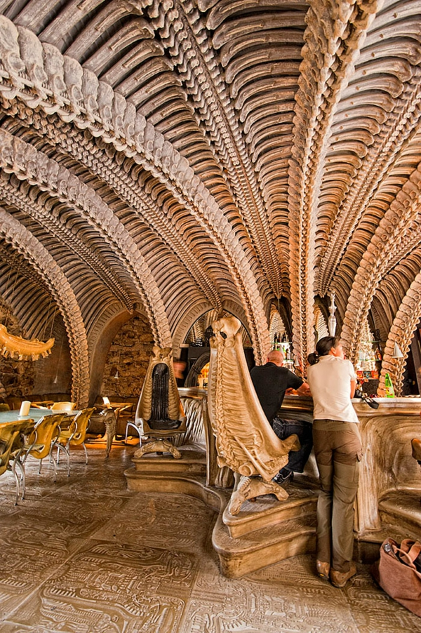 67 bilder f r 20 der besten bar und restaurant design for Interior design studium schweiz