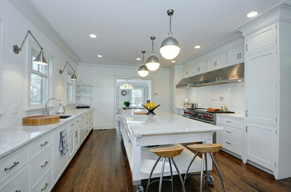 küche modern kücheninsel weiß metall schein