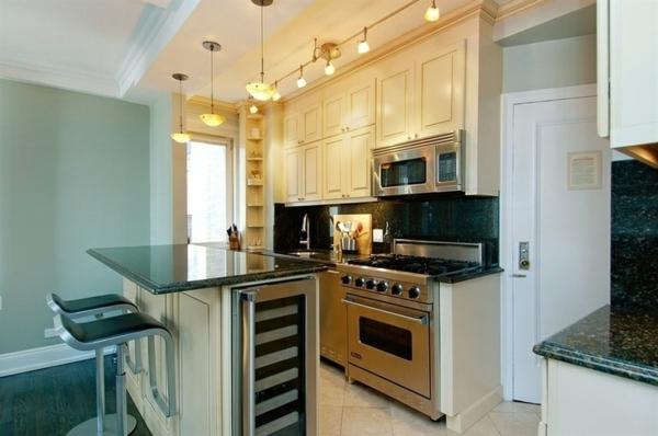küchenlösungen für kleine küchen kücheninsel pendelleuchten