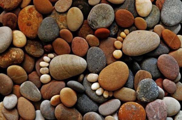 gartendekorationen steinfüsse garten deko