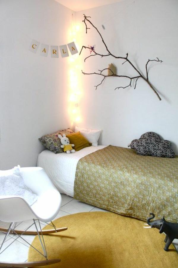 Ideen für Kinderzimmergestaltung beleuchtung zweige wand