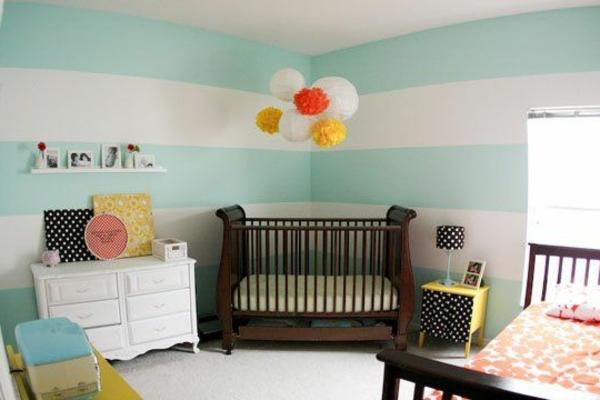 kinderzimmer gestalten ideen deko streifen weiß minzgrün