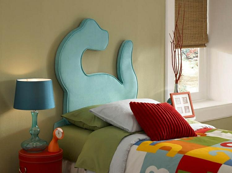 Kinderzimmer Gestalten Wanddeko Ideen Kinderbett Kopfteil Dinosaurier Form