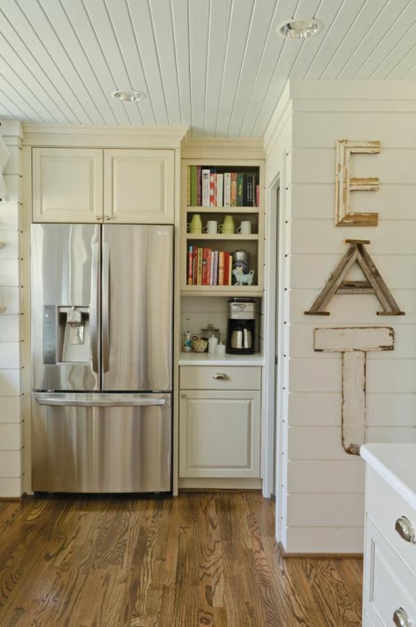kunststoffpaneele weiß streichen holzoptik wandpaneele küche