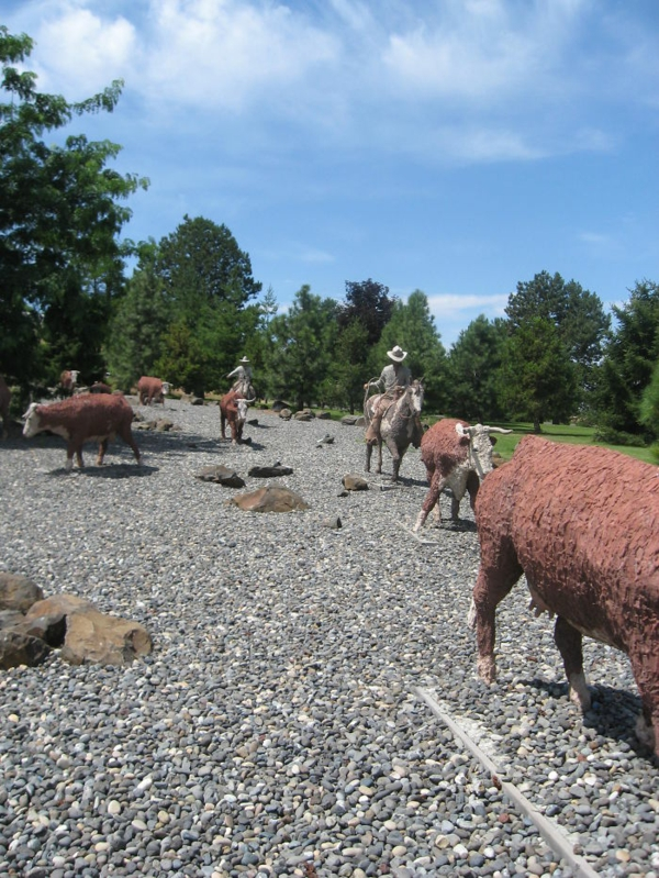 kunstwerke-art-weltweit-skulpturen-cattle-drive