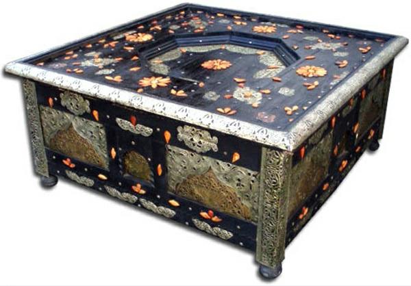 15 orientalische m bel marokkanische tische. Black Bedroom Furniture Sets. Home Design Ideas