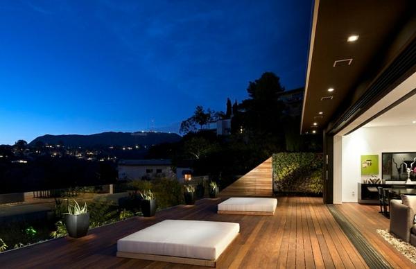 Outdoor Bett Patio Terrassengestaltung Pflanzen