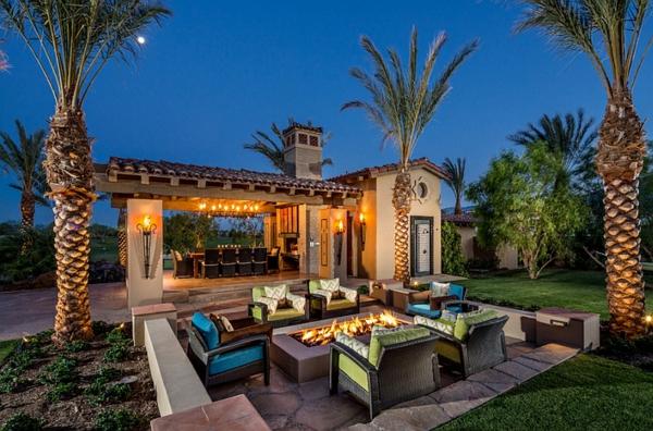 gartengestaltung patio exotisch sitzecken im garten palmen