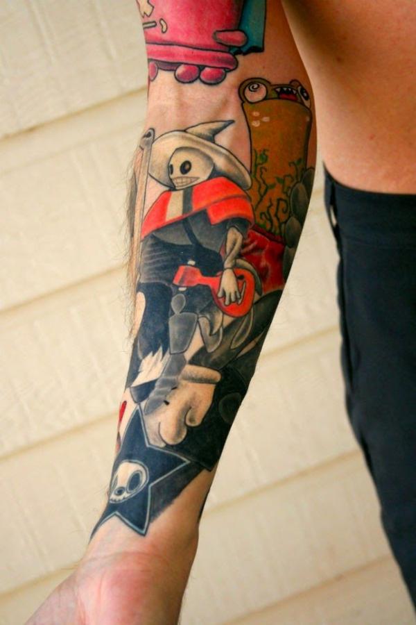 ideen für unterarm tattoo mann farbig