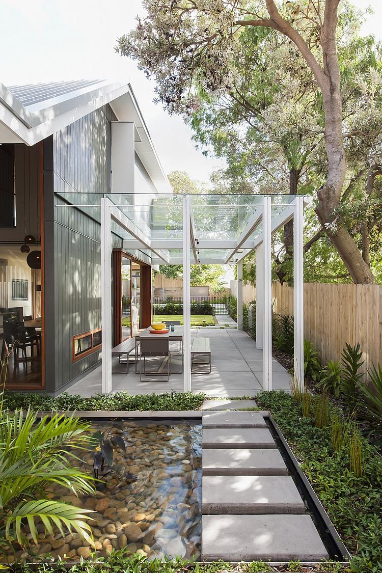 modernes haus Coogee Residenz Sydney außenbereich gestalten verglaste veranda glaspergola