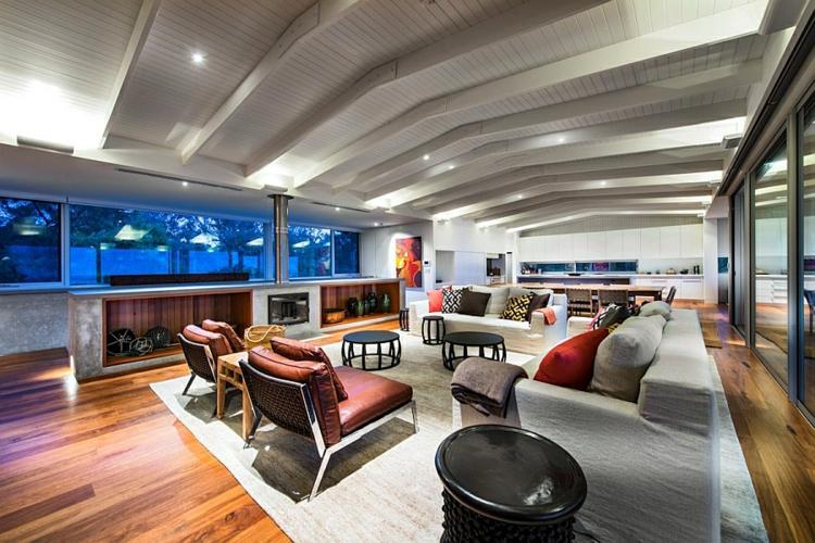 modernes haus strandhaus mehrblick moderne inneneinrichtung holzboden polstermöbel