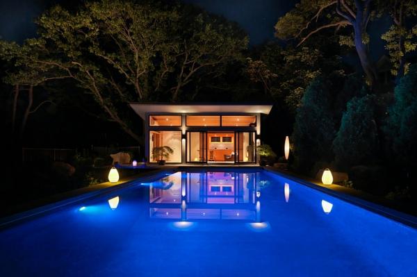 wasser sommer gartengestaltung leuchten nacht pool