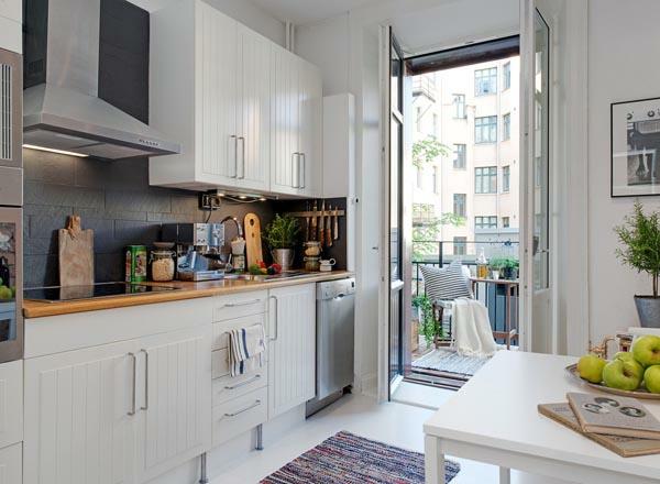 küchenlösungen für kleine küchen teppich holz küchenschränke